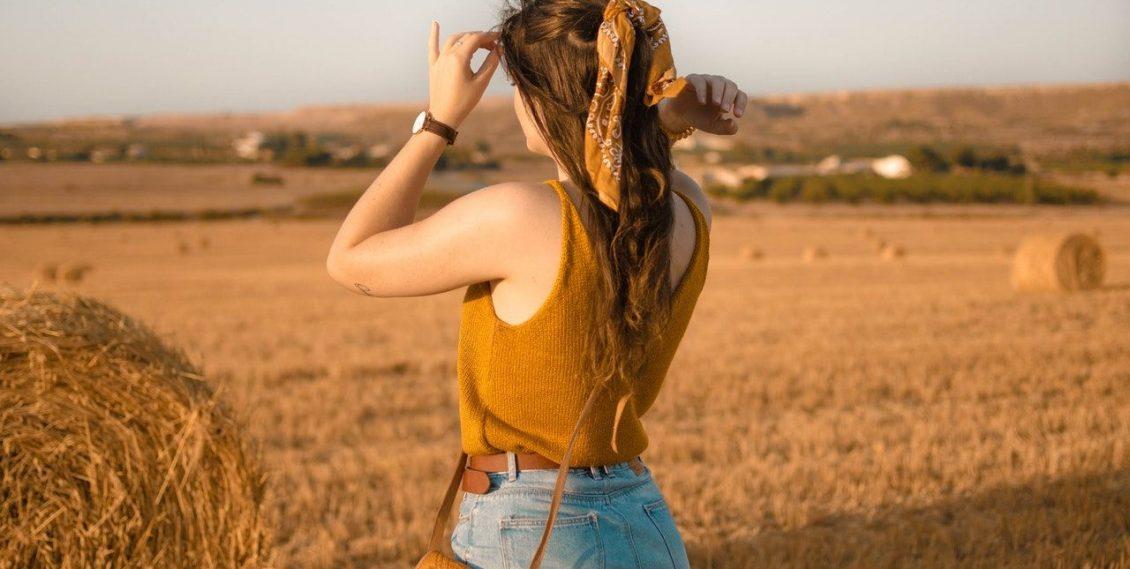 Le Bandeau cheveux, pourquoi le porter et comment le choisir